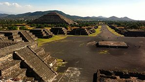 Teotihuacan Pyramids - Mexico